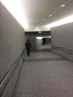 国会議事堂前駅と議員会館を結ぶ地下道